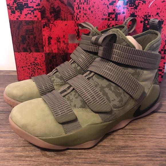 1336943ae1f4b Nike Lebron Soldier 11 XI SFG Camo size 10.5
